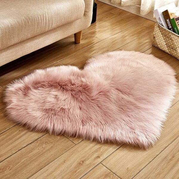 Shaggy Carpet Faux Fur Rug Heart Shaped Rug
